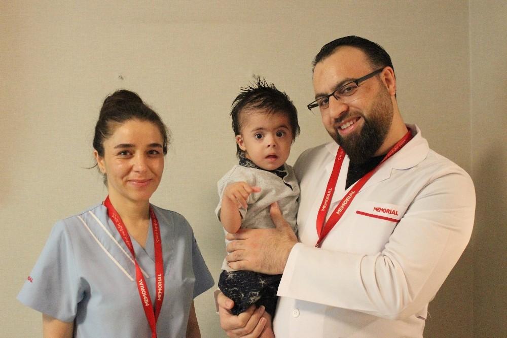 150 bin doğumda bir görülen hastalıktan 1 saatte kurtuldu