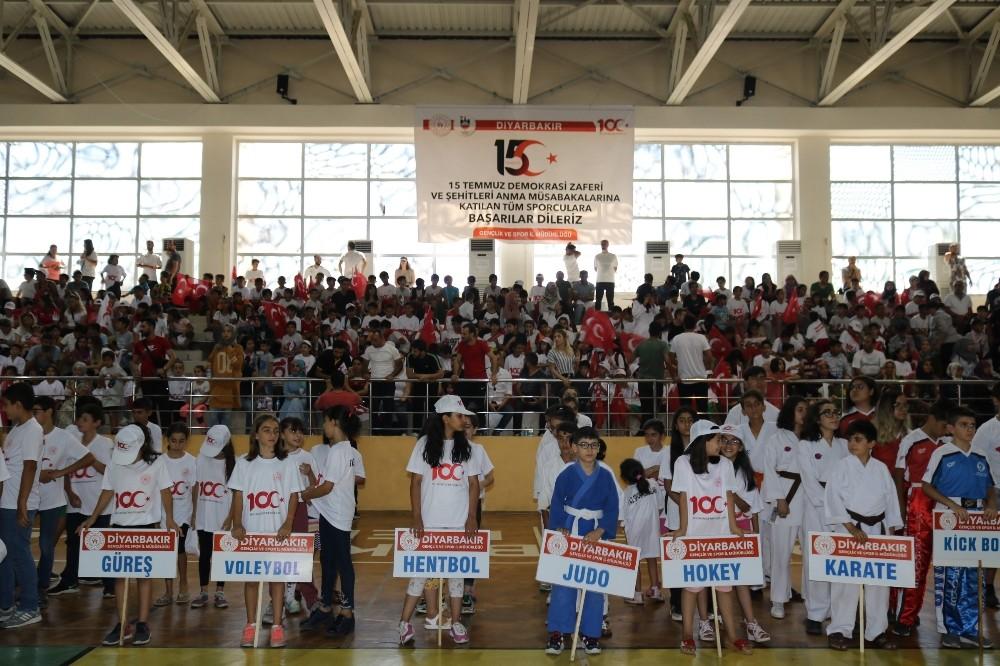 Diyarbakır'da 30 branşta yaz spor kursları açıldı