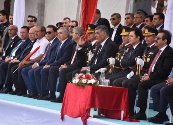 Diyarbakırda 30 Ağustos zafer bayramı kutlandı
