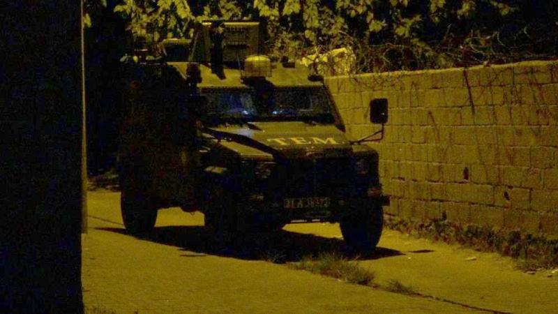 DİYARBAKIR'DA PATLAMA SESİ POLİSİ HAREKETE GEÇİRDİ