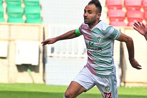 Mansur Çalar'a futboldan men cezası