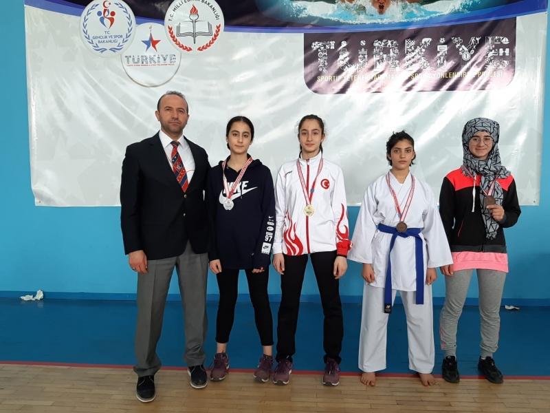 Yarıyıl tatili  karate turnuvası yapıldı