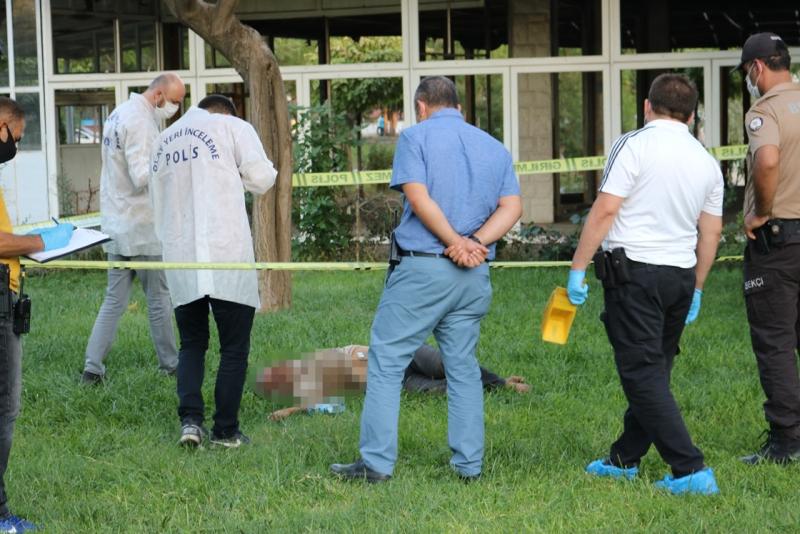 Diyarbakır'da parkta erkek cesedi bulundu