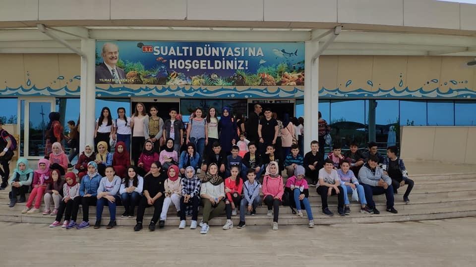 Ortaokul öğrencilerinin bilim ve kültür gezisi